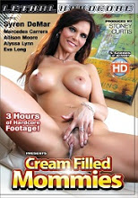 Ver Cream Filled Mommies XxX (2017) (HD) (Inglés) [flash] online (descargar) gratis.