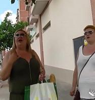 VerThe Spanish Mommies Also Want To Do Porn. Bbw Blonde Mature Threesome (Inglés) [flash] online (descargar) gratis.