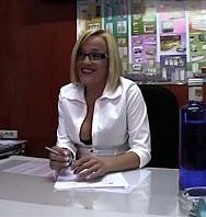 VerLeche 69 The Naive Secretary 10 Min (Español) [flash] online (descargar) gratis.