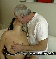 VerEnglish Milf Gags On Ben Dovers Cock 7 Min (Inglés) [flash] online (descargar) gratis.