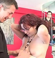 Ver They Horny Girl In Town Comes To Our Studios For A Free Laid (Latino) [flash] online (descargar) gratis.