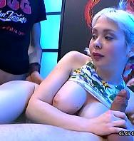 Ver Cherry English Shows Anal Blowjobs And Cumshots (Inglés) [flash] online (descargar) gratis.