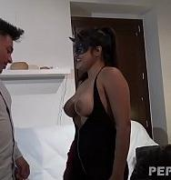 Ver Sweet Latina Katy Has Enormous Boobs (Español) [flash] online (descargar) gratis.