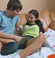 Ver Homework For Sexy Dream Teenie Ends In Big Suck & Fuck Fest In Cunt Till Facial (Inglés) [flash] online (descargar) gratis.